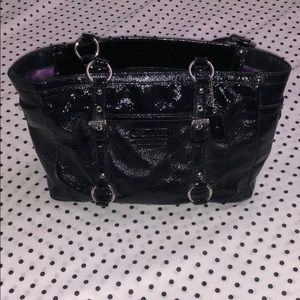 Coach patent leather shoulder purse